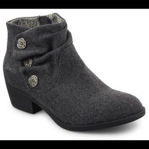 Blowfish Sava Grey Flannel Ankle Booties